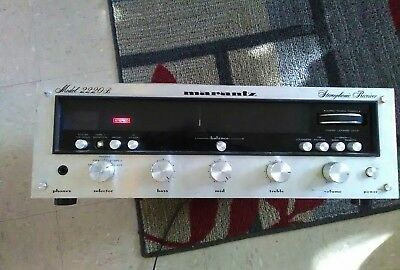Vintage Marantz 2220B Stereophonic Receiver AMP TUNER Stereo Parts Restore RARE
