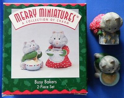Busy Bakers Hallmark Merry Miniature 1996 figurines 2 kitties