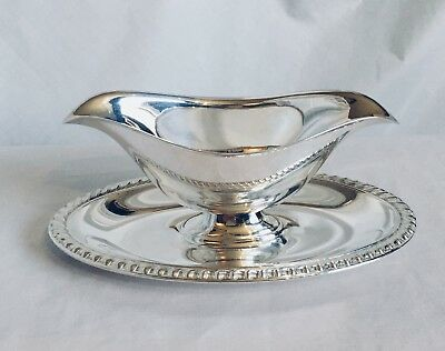 Vintage Wm Rogers 813 Silverplate Gravy Sauce Boat with Attached Underplate
