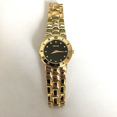 eea6e551f9c Vintage 90s Ladies Gucci 3300.2.L 18K Gold Plated Watch Diamond Hour Markers
