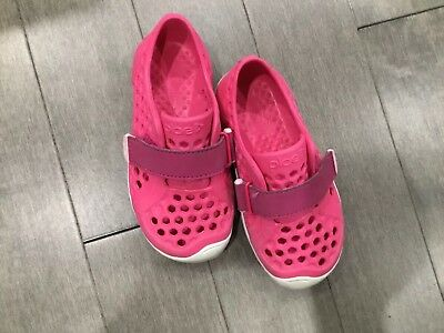 4a47afd08837 GIRLS PLAE SHOES Mimo Water Shoes Pink Size 8 -  25.00
