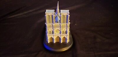 """Lenox Great Castles Of The World """"Cathedral Of Notre Dame"""""""