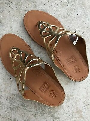 9ce358753e24f FITFLOP BUMBLE LEATHER Toe-Post Gold Mirror Sandal BRAND NEW size US ...