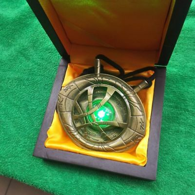 Dr Strange LED 1:1 Necklace Eye of Agamotto Light Pendant Cosplay Pro Marvel