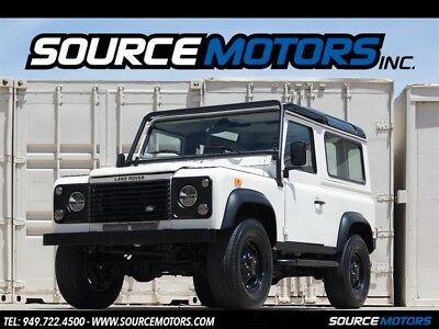 Defender 90 SW 1997 Land Rover Defender 90 SW, Automatic, A/C, LED's, Black Wheels, D90