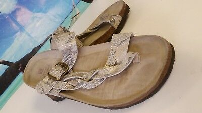 3980aa074 White Mountain Snake Print Leather Toe Loop Slides Sandals Women s Size 10M
