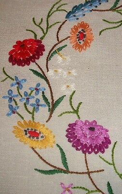 Sunning Large Table Runner Vintage Hand Embroidered Circle of Flowers