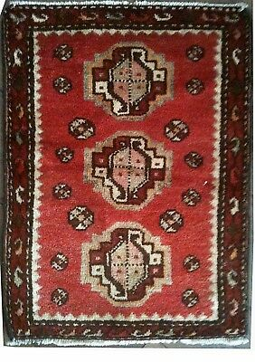 Tapis Persan Traditionnel Oriental hand made 70cm x55 cm  N° 43