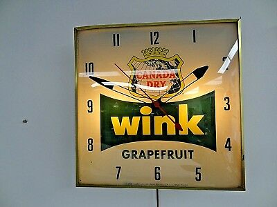 *Vintage CANADA DRY WINK PAM CLOCK LIGHT-UP RUN'S SMOOTH**