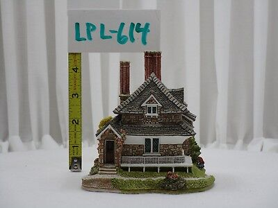 Lillyput Lane Cottage w/Box and Deed - Diamond Cottage