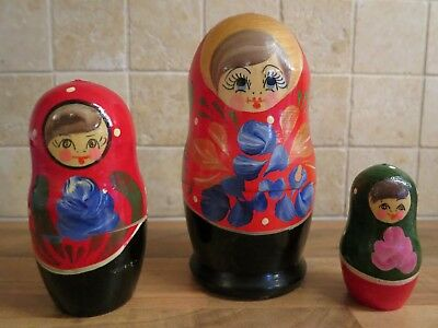 Set of 3 vintage and collectable genuine Russian nesting dolls Matryoshka