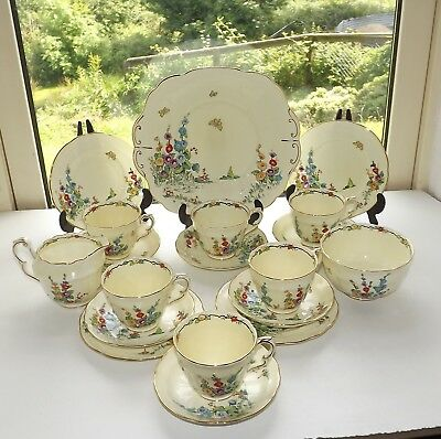 Crown Staffordshire China Hand Painted 19 Piece Teaset F12917 Cups Saucers c1940