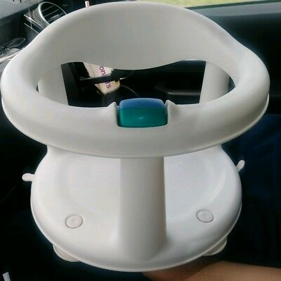 Safety 1st First White Locking Swivel Baby Bath Tub Chair Seat Suction Ring
