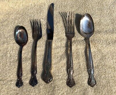 VIntage 5 Piece Setting Wm. Rogers Extra Silver Plate Mission Rose Flatware