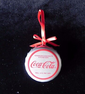 Coca-Cola Trim A Tree BOTTLE CAP ORNAMENT 1990 Santa Drinking Coke