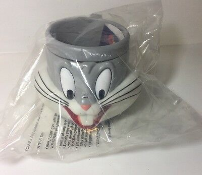 Bugs Bunny Warner Brothers Looney Tunes Plastic Collectible 3D Figural Mug
