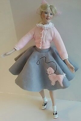Peggy Sue 1950's Poodle Skirt Doll Roger Akers Yearbook Memories Knowles 1991