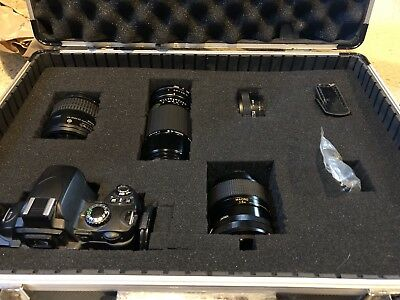 Nikon D D40 6.1MP Digital SLR Camera Lot With Briefcase And 3 Additional Lenses