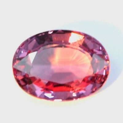 4.17Cts  RARE! FANCY TOP QUALITY AAA NATURAL COLOR CHANGE GARNET
