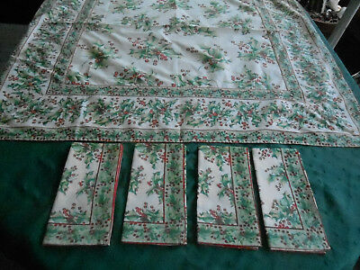 April Cornell Holly Print Christmas Tablecloth And 4 Napkins, Late 20Th. Century