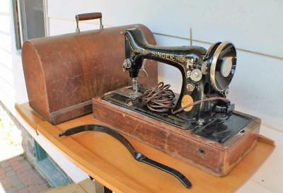 1931 Singer Portable Electric Sewing Machine w Bent-Wood Case w/ knee lever work