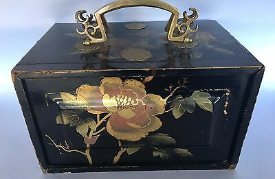 Superb Lacquered Drawers Oriental Antique Box