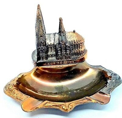 QQ5 * Cologne cathedral church Souvenir Building Ashtray vintage german 1960's