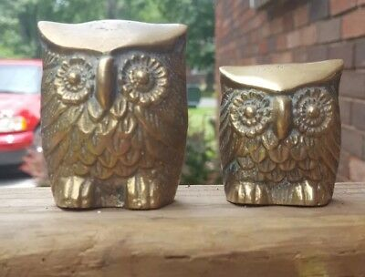 Vintage Pair Two Small Brass Owl Figurines Paperweights Collectible