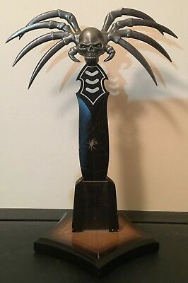 Skull Spider Knife with Stand