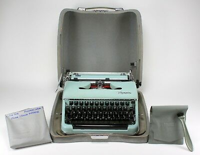 Vintage Olympia Deluxe Aqua Blue Typewriter & Hard Shell Case ** Working **