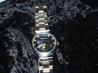 Hello Kitty Women's Kede Watch Silver Face with Crystals Water Resistant Japan