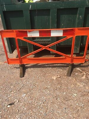 Pedstrian Road Barriers 60 metres (30 Barriers) Plus Spares