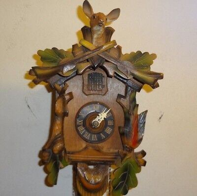 Vintage Hunter-style cuckoo clock for Parts or Repair/No Pendulum/No Weights