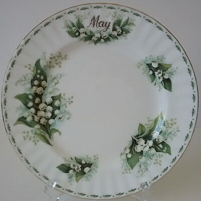 "May Lily of the Valley Flower of Month Royal Albert 8 1/8"" Bone China Plate"