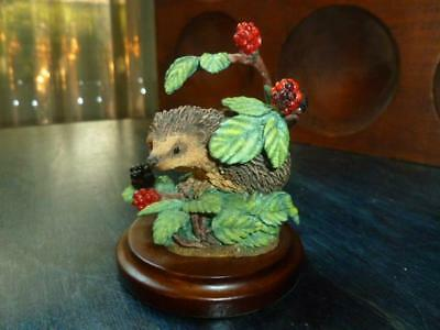 "2000 Country Artist Hand Painted & Crafted Hedgehog with Blackberries 3"" Figure"