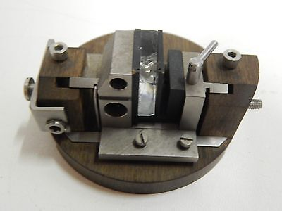 Microtome Glass Holder / Glass chipper assembly for Microscopy