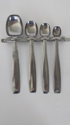 Vintage Foley Wall Rack With Long Handled Measuring Spoon Set ~ Rare Find 5 Pcs