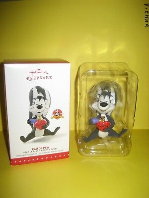 "Hallmark 2015 Looney Tunes Limited Edition Ornament ""Eau De Pew"" Pepe Le Pew MIB"