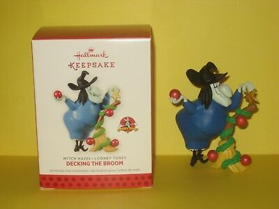 Hallmark 2013 Looney Tunes Limited Edition Decking the Broom Witch Hazel MIB