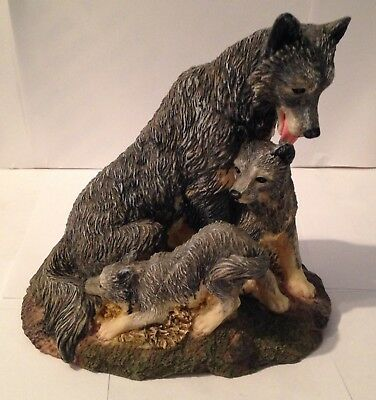 "Wolf / Wolves Figurine - Mother With Pups - 6"" High - Base 6"" X 5"""