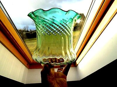 British Quality Green/clear Crystal Glass Duplex Oil Lamp Shade.