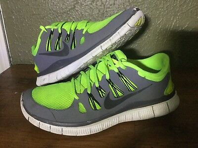 fe7732b4651d Gently Used Nike Free Runs 5.0 Size 11 Men