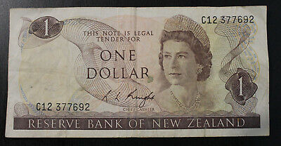 New Zealand One Dollar Paper Note C12 377692 Chief Cashier Knight Circa1975-1977