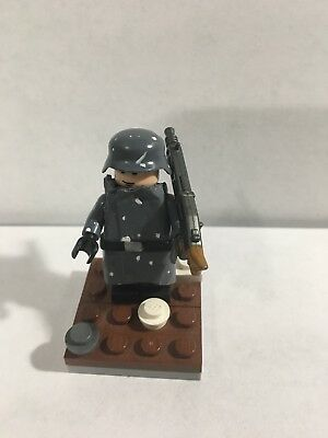LEGO WW2 GERMAN Battle Of The Bulge Custom Painted Figure