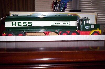 Rare 1984 Hess Truck With Black Switch, Not Red, Like Most,  Box And All Inserts