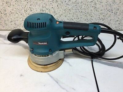 Makita BO6030 240v 150mm Random Orbit Sander