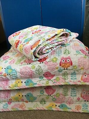 Baby girl owl quilted bedspread and cushion covers set