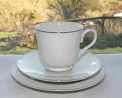 Lovely Four Crown China Japan Southampton Trio Cup Saucer Plate