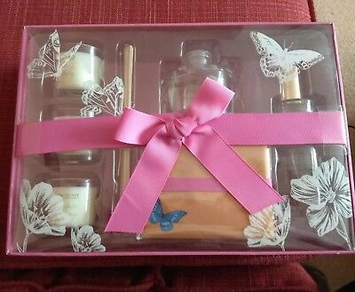 Sanctuary Spa Home is Where the Heart is Candles Diffuser Room Mist Gift Set NEW