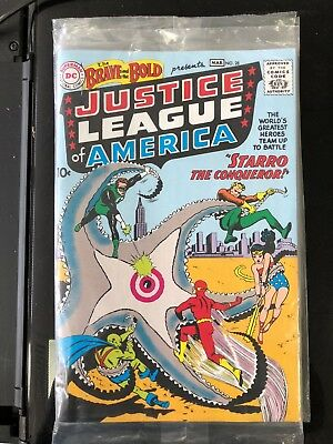 Justice League Of America 1St Appearence Comic Replica With Certificate